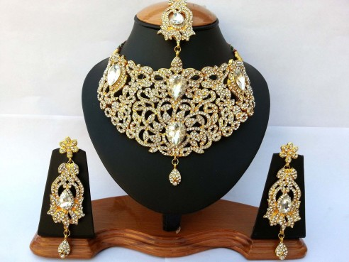 Parure indienne plaqué or pierres cristal blanc mariage