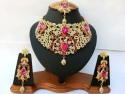 Parure indienne plaqué or pierres cristal rose fushia mariage