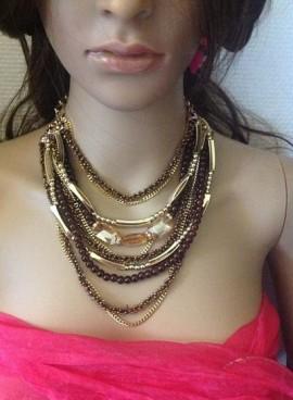 Collier perles et chaînes