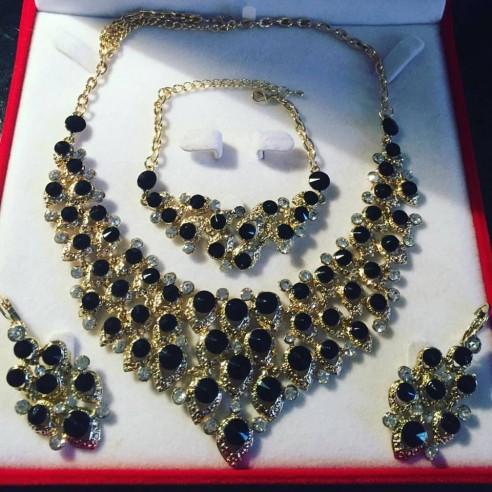 Parure plaqué or pierres noires mariage